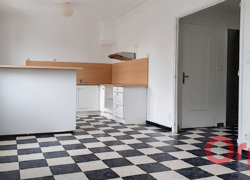Appartement à louer 70.09m2 à Perpignan
