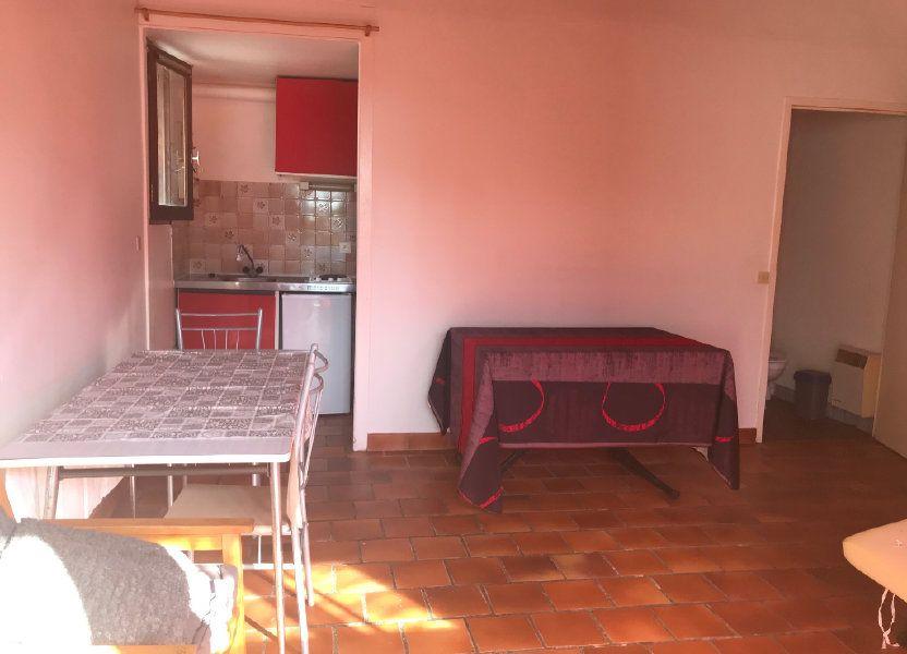 Appartement à louer 24m2 à Surgères