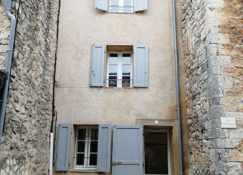 Maison à louer 98m2 à Montmeyan