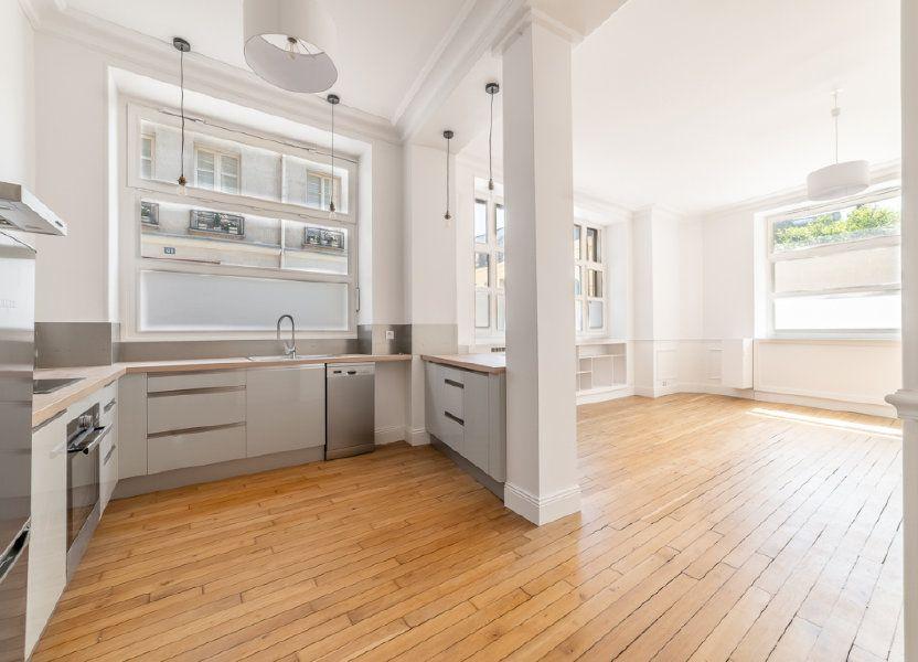 Appartement à vendre 65.05m2 à Paris 7