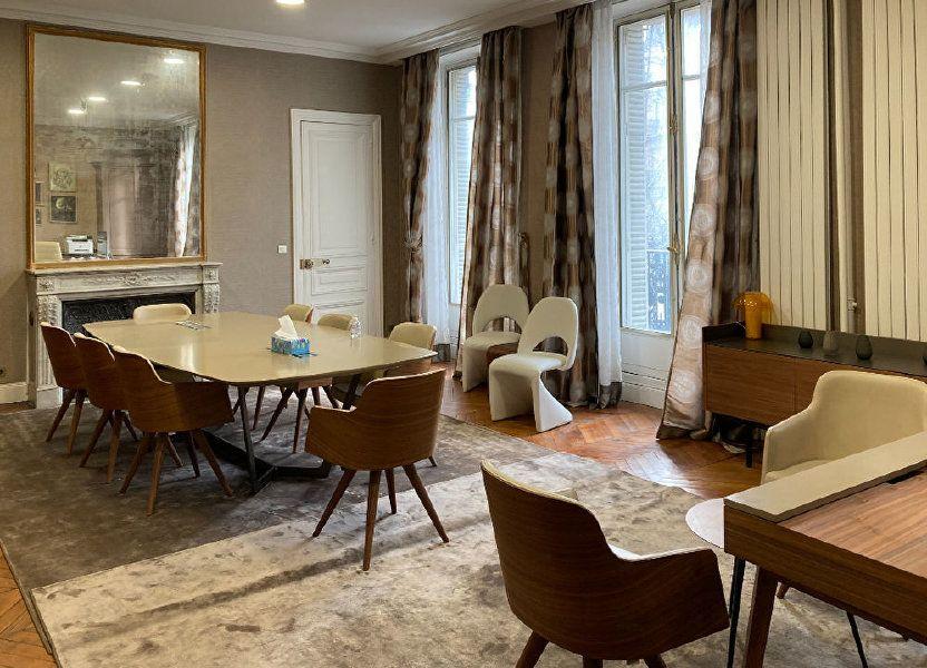 Appartement à louer 183m2 à Paris 8