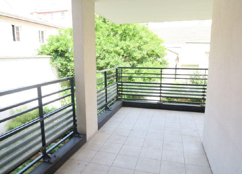 Appartement à louer 86.9m2 à Villeurbanne