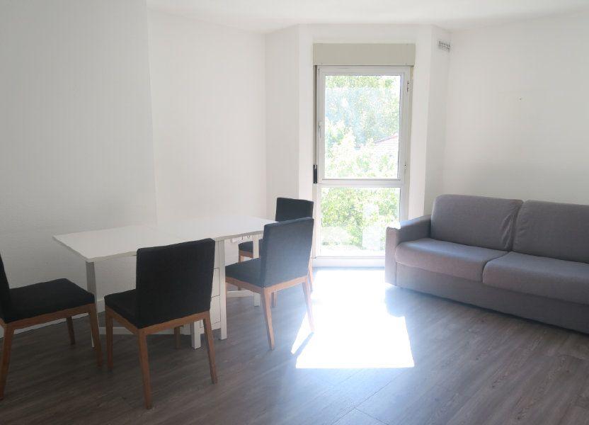 Appartement à louer 61.18m2 à Lyon 6
