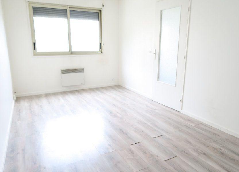 Appartement à louer 31.21m2 à Lyon 7