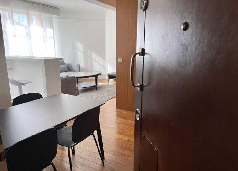 Appartement à louer 53m2 à Paris 16