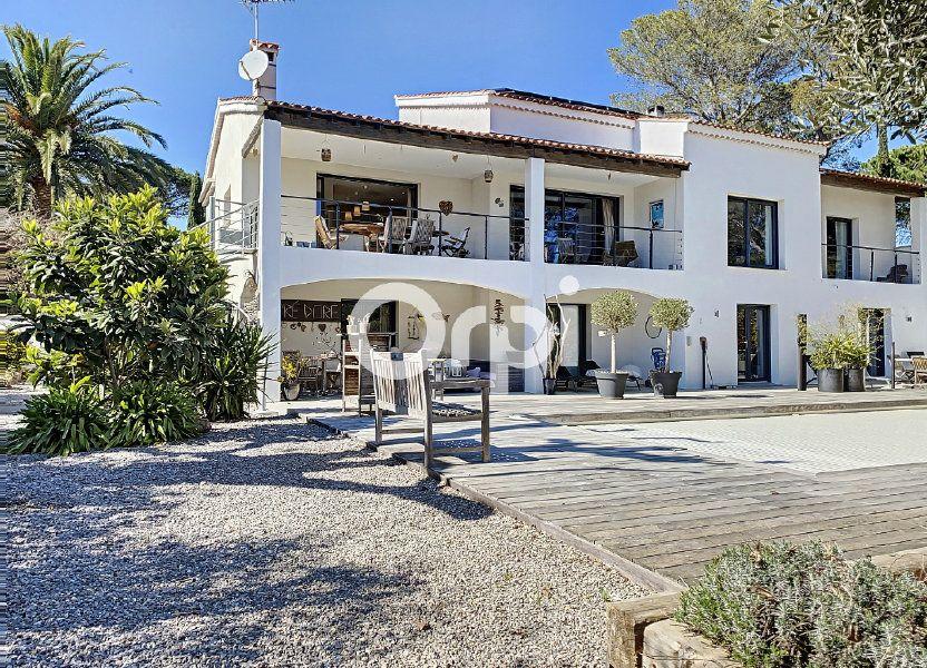 Maison à vendre 388m2 à Saint-Raphaël