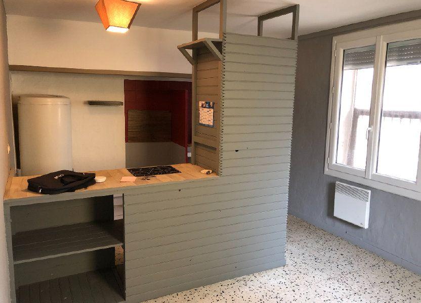 Appartement à louer 50.14m2 à Garons