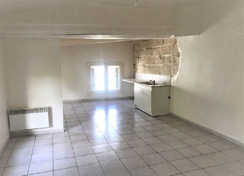Appartement à louer 54.59m2 à Nîmes