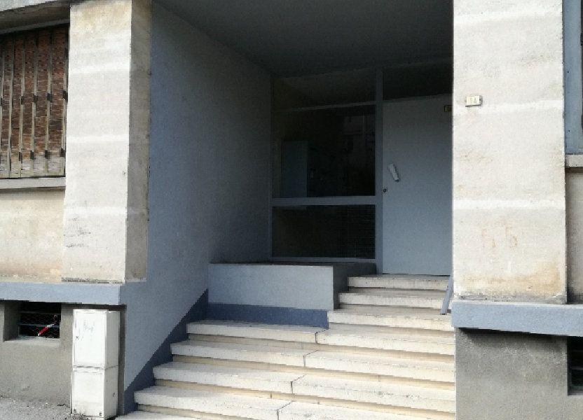 Appartement à louer 72.34m2 à Nîmes