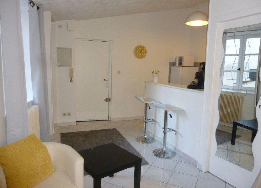 Appartement à louer 22.58m2 à Nîmes