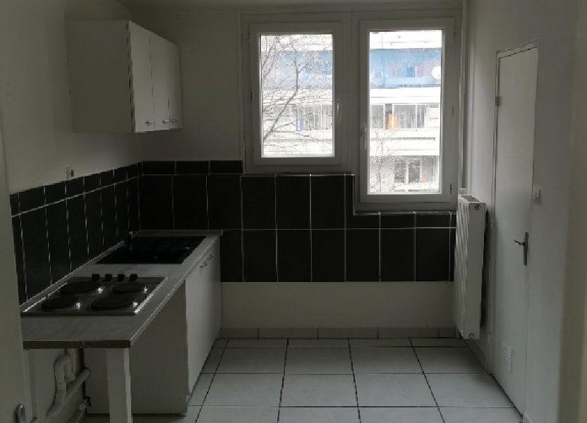 Appartement à louer 65m2 à Nîmes