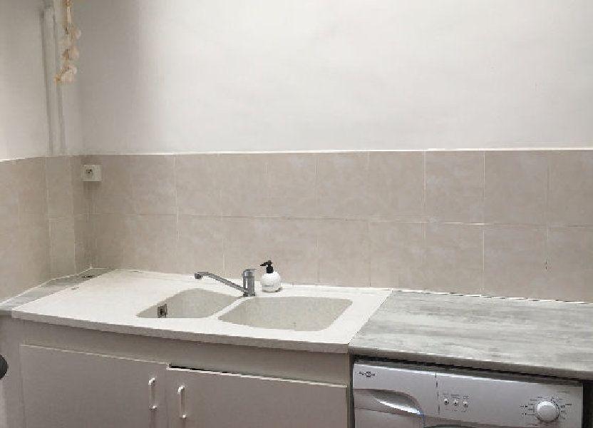 Appartement à louer 46.83m2 à Nîmes