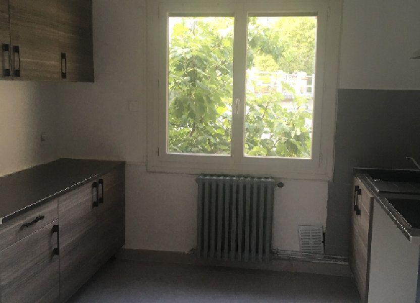 Appartement à louer 84m2 à Nîmes