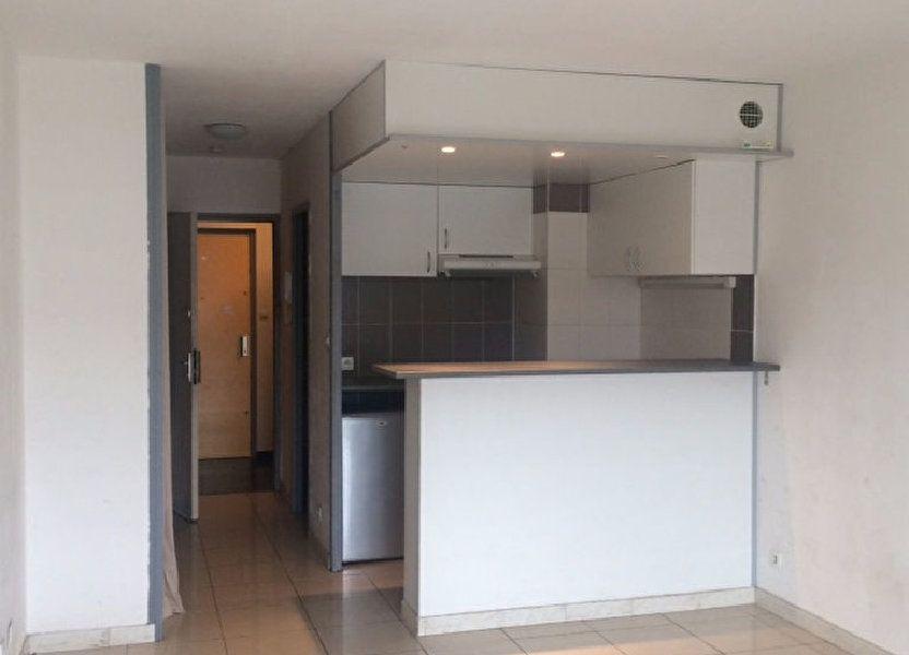 Appartement à louer 30m2 à Nîmes
