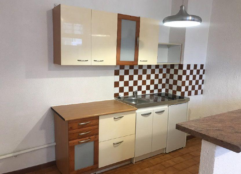 Appartement à louer 38.97m2 à Nîmes