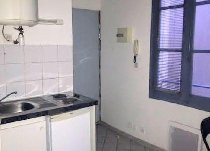 Appartement à louer 14m2 à Nîmes