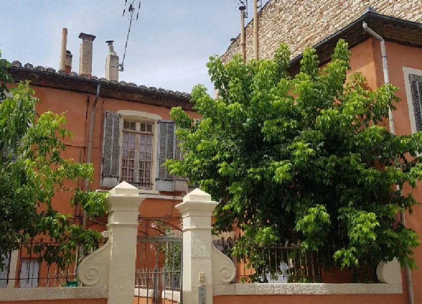 Appartement à louer 48m2 à Nîmes