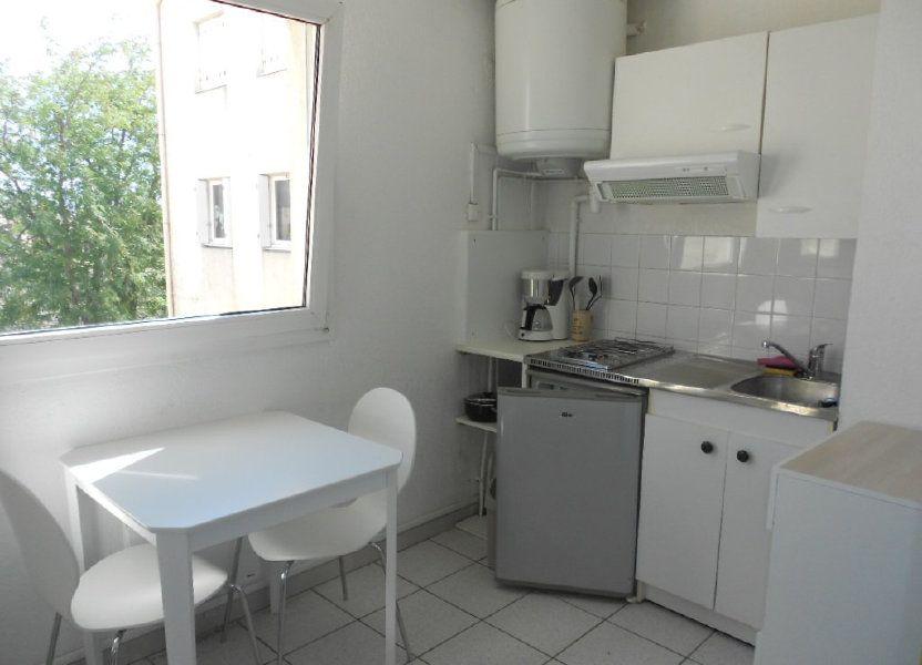 Appartement à louer 24m2 à Nîmes