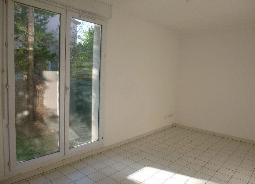 Appartement à louer 22.35m2 à Nîmes