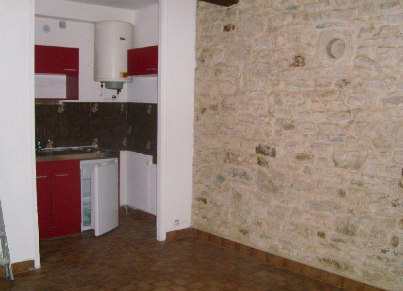 Appartement à louer 19.68m2 à Nîmes