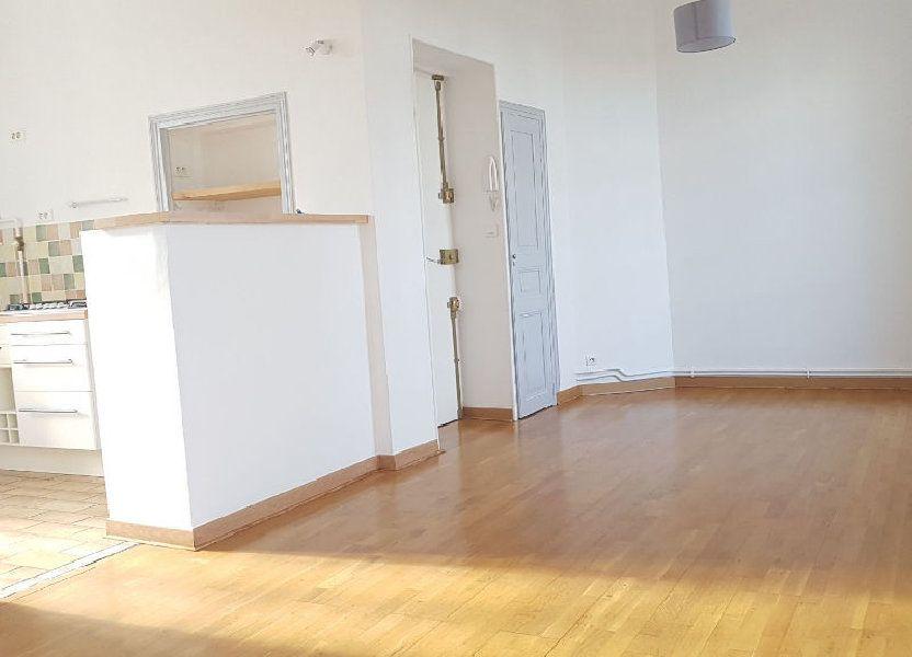 Appartement à louer 42m2 à Nîmes