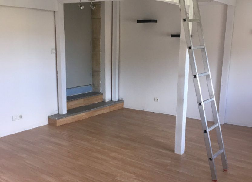 Appartement à louer 22m2 à Marguerittes