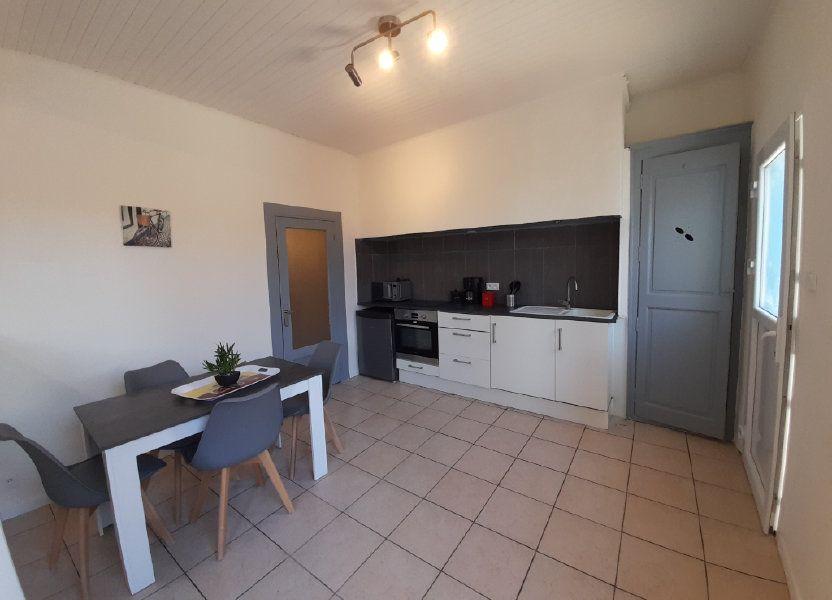 Appartement à louer 39.9m2 à Nîmes