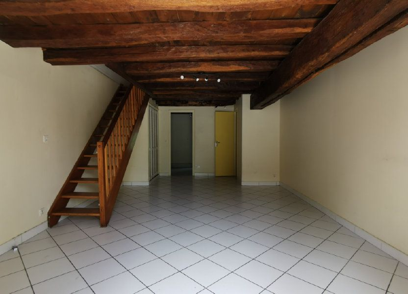 Maison à louer 74.21m2 à Saint-Hilaire-Saint-Mesmin