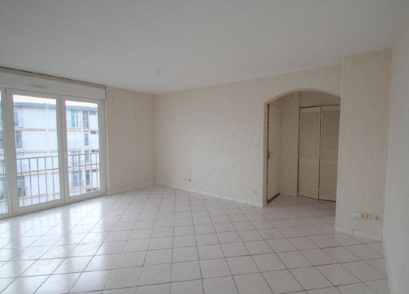 Appartement à vendre 57m2 à Saint-Jean-de-la-Ruelle