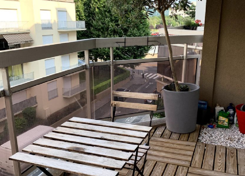 Appartement à louer 42m2 à Courbevoie