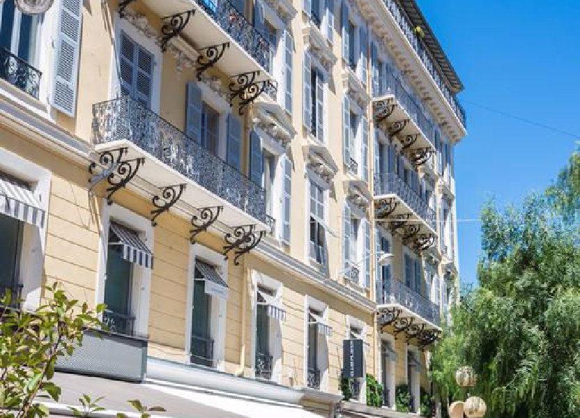 Appartement à louer 28.42m2 à Nice