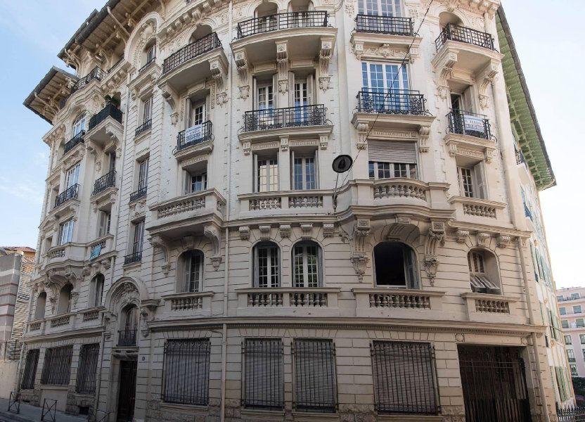 Appartement à louer 81.04m2 à Nice