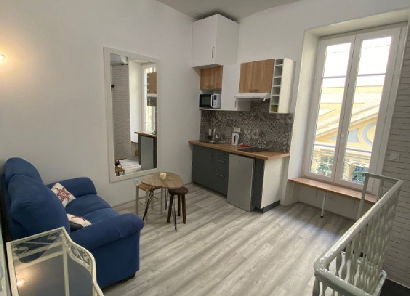 Appartement à louer 21m2 à Nice