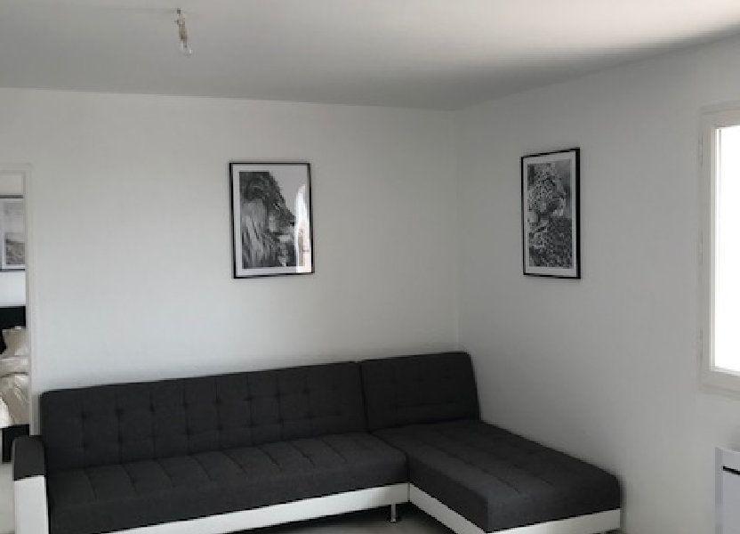 Appartement à louer 57.56m2 à Carros