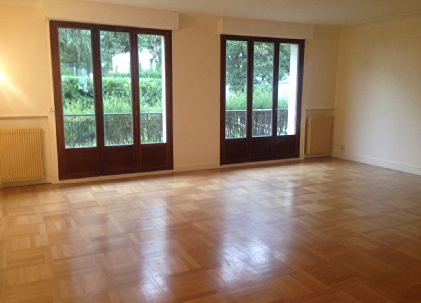 Appartement à louer 126.6m2 à Sceaux