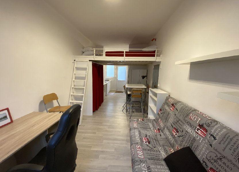 Appartement à louer 22m2 à Lorient