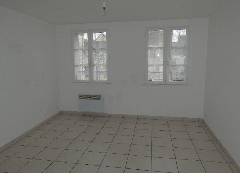 Appartement à louer 65.39m2 à Neuilly-Saint-Front