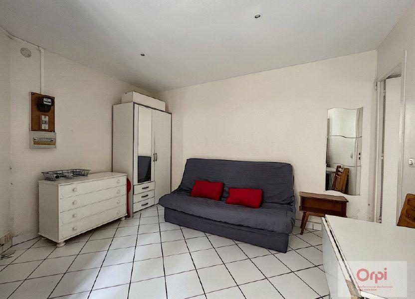 Appartement à louer 18m2 à Paris 14