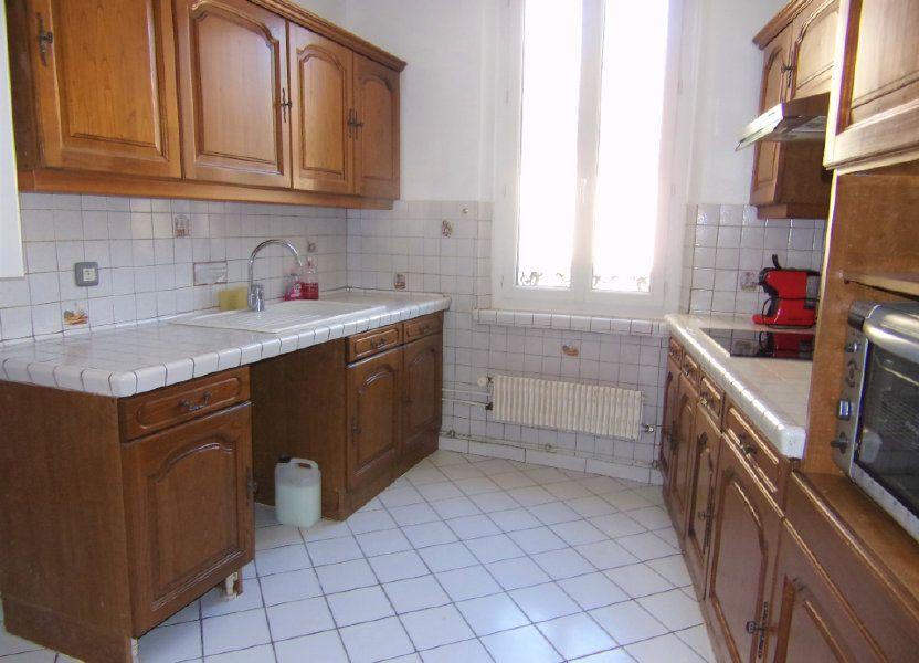 Maison à louer 90m2 à Châtillon-Coligny