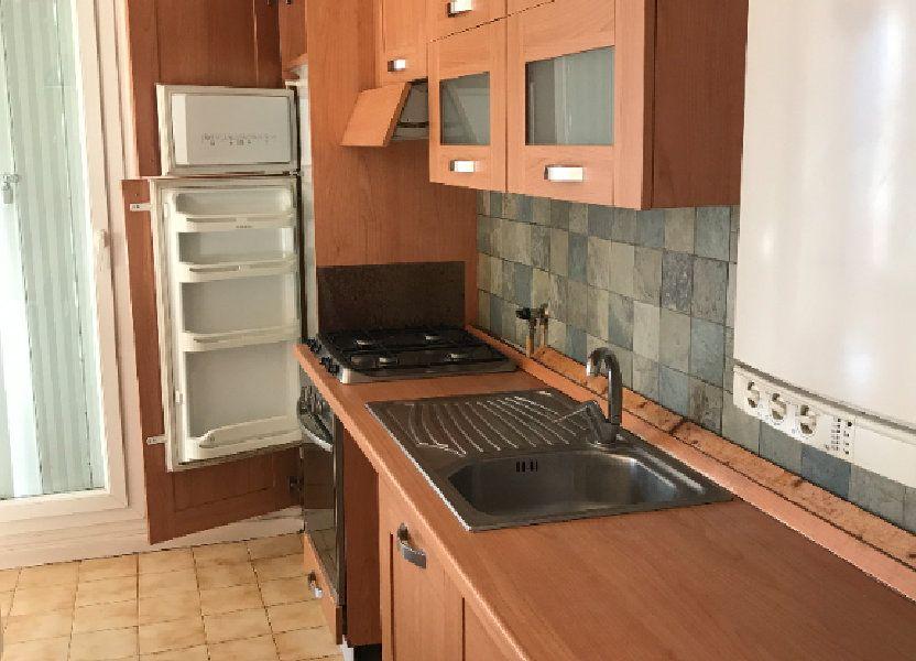 Appartement à louer 59.28m2 à Carros
