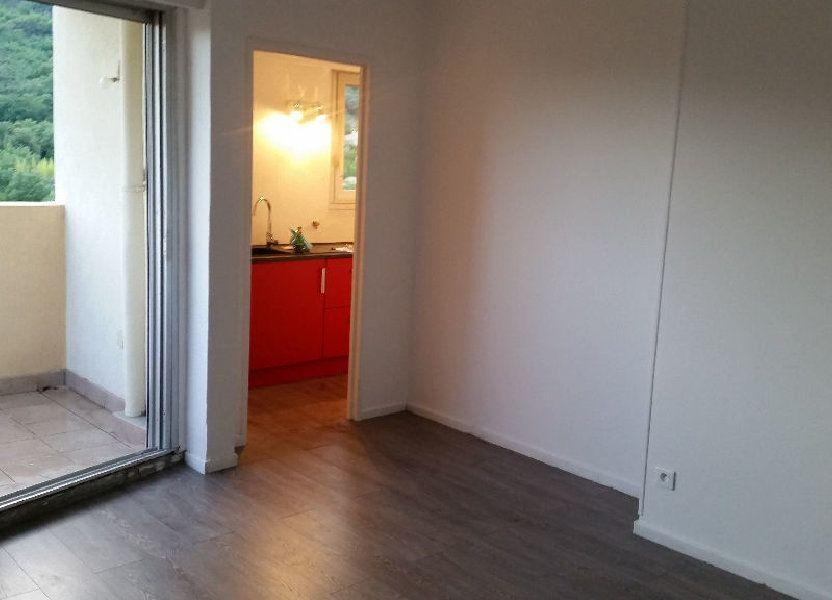 Appartement à louer 23.64m2 à Carros