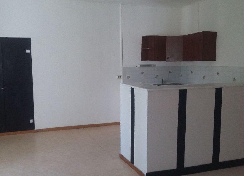 Appartement à louer 120m2 à Saint-Paul-Trois-Châteaux
