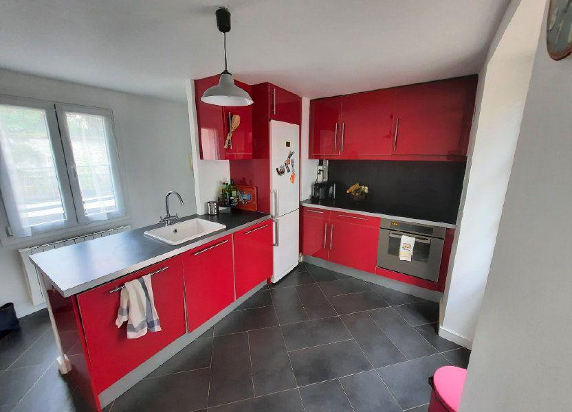 Appartement à louer 51.92m2 à Vanves