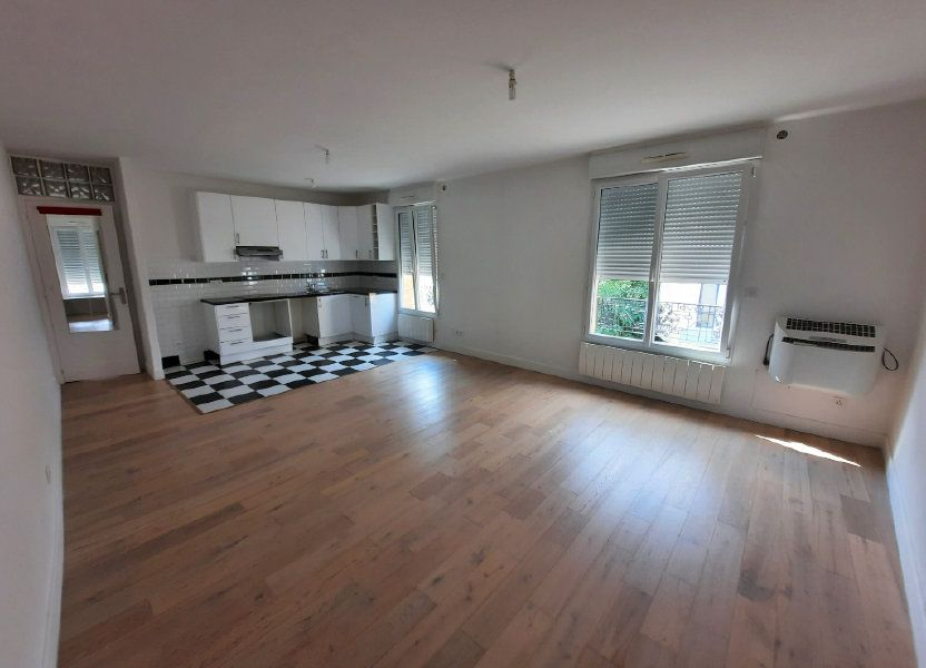 Appartement à louer 53.6m2 à Clamart