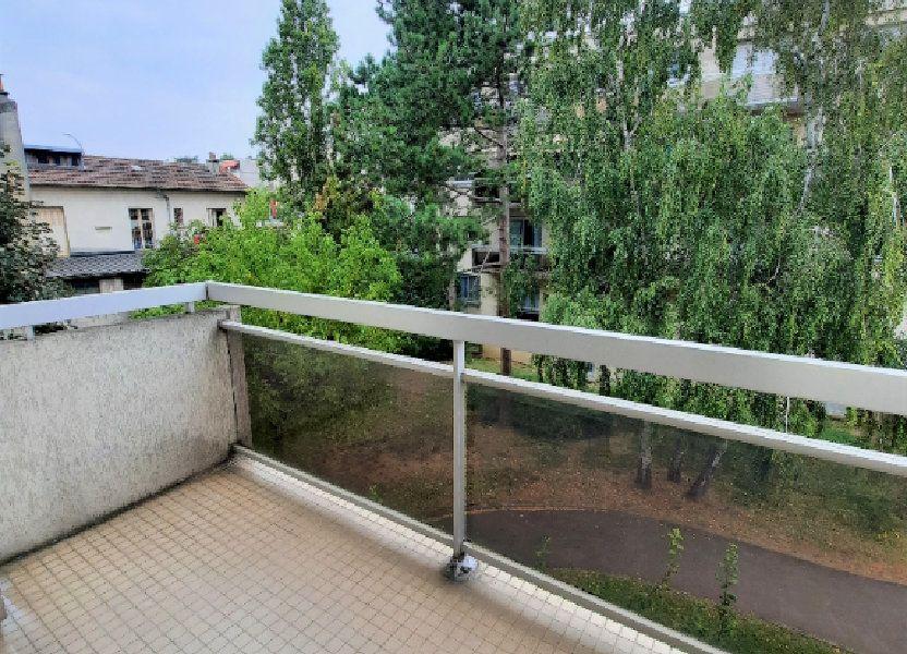 Appartement à louer 60.6m2 à Vanves