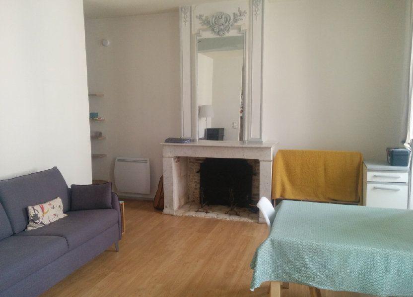 Appartement à louer 57.6m2 à La Rochelle