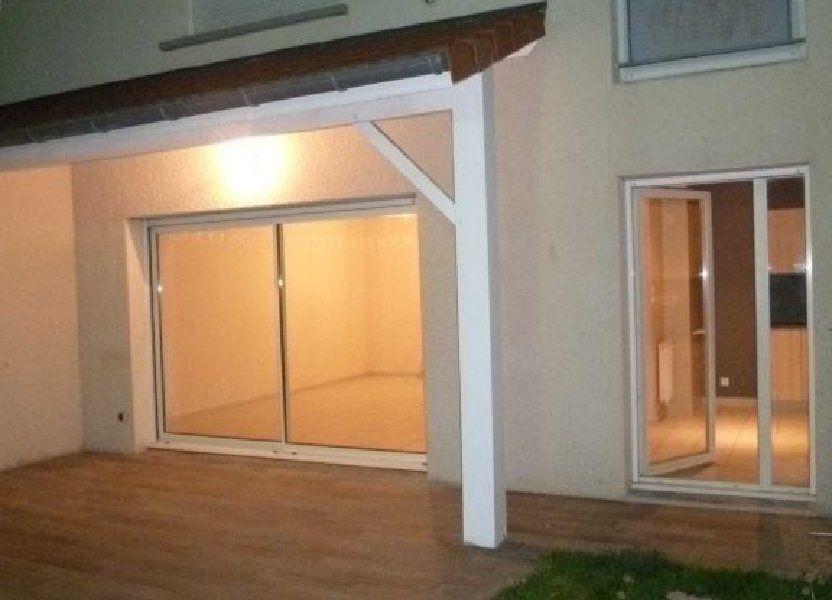 Appartement à louer 82.14m2 à Saint-Bonnet-de-Mure