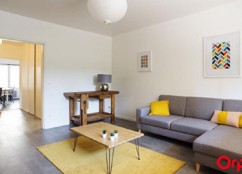 Appartement à louer 72.05m2 à Lyon 6