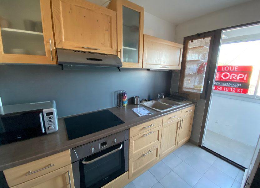 Appartement à louer 14m2 à Talence