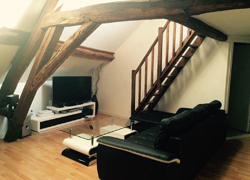 Appartement à louer 27.7m2 à Fontenay-Trésigny